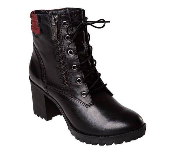 52d88bb6153 Apaixone-se por esta linda bota bordô estilo coturno militar da Bottero.  Com salto médio de borracha tratorado