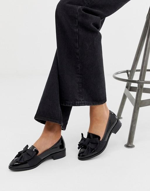 ASOS DESIGN Matchsticks flat shoes in