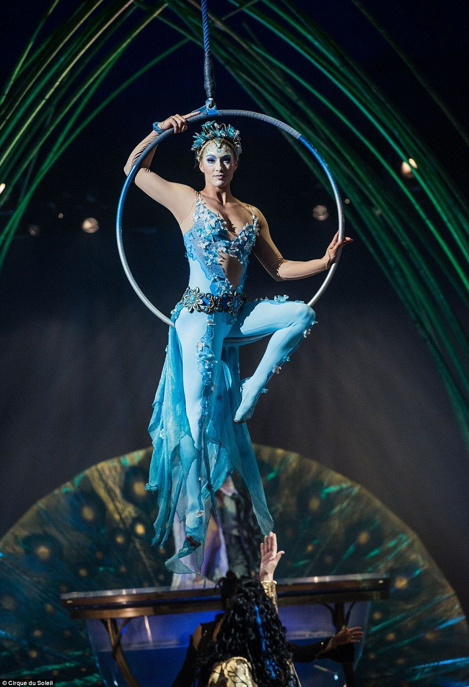 Amaluna Which Has Never Before Been Seen In The Uk Tells The Story Of A Mysterious Islan Aerial Costume Circus Costume Aerial Dance