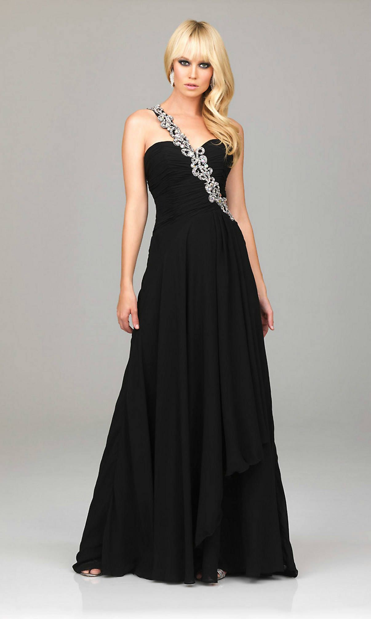 78 Best images about Long Evening Dress on Pinterest - Black prom ...