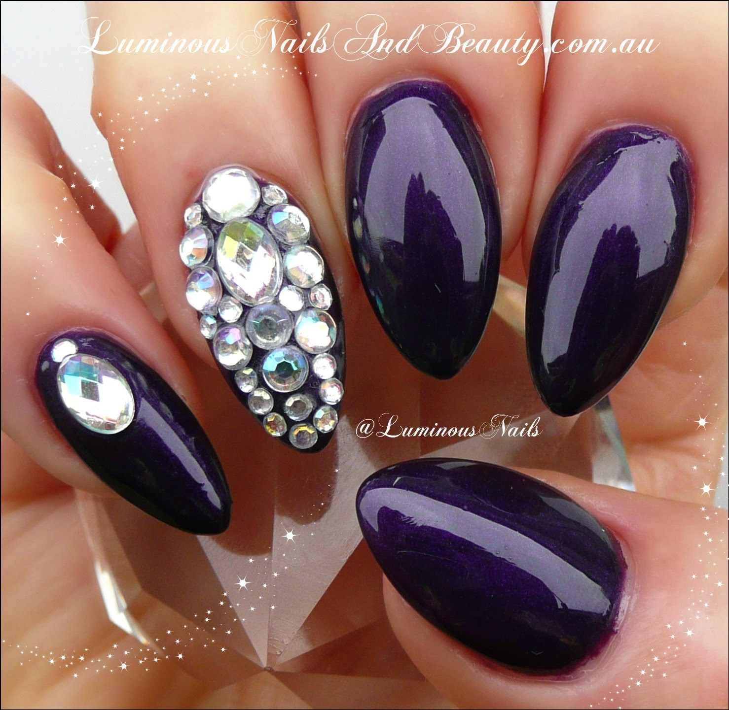 Blue Stiletto Nails With Rhinestones Blue stiletto nails | Oh so ...
