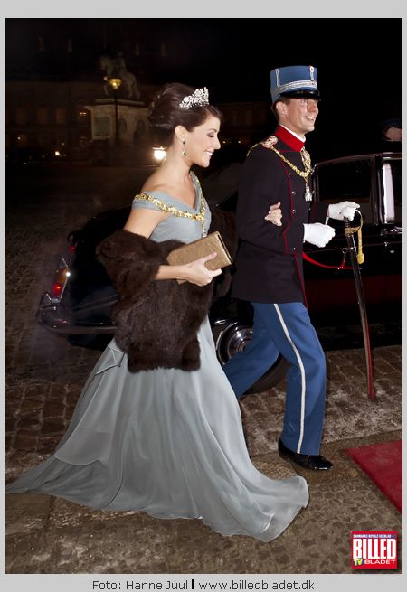 Prinsesse Marie Og Dronning Margrethe Til Nytårskur Billed Bladet