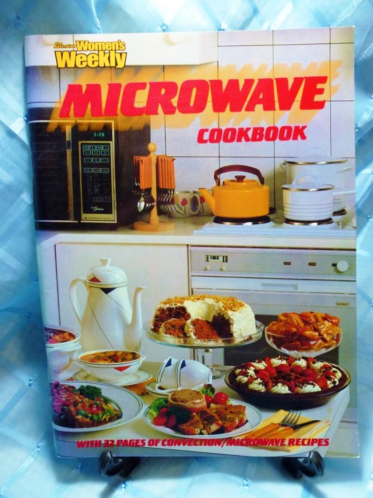 vintage australian women s weekly cookbook microwave divided into