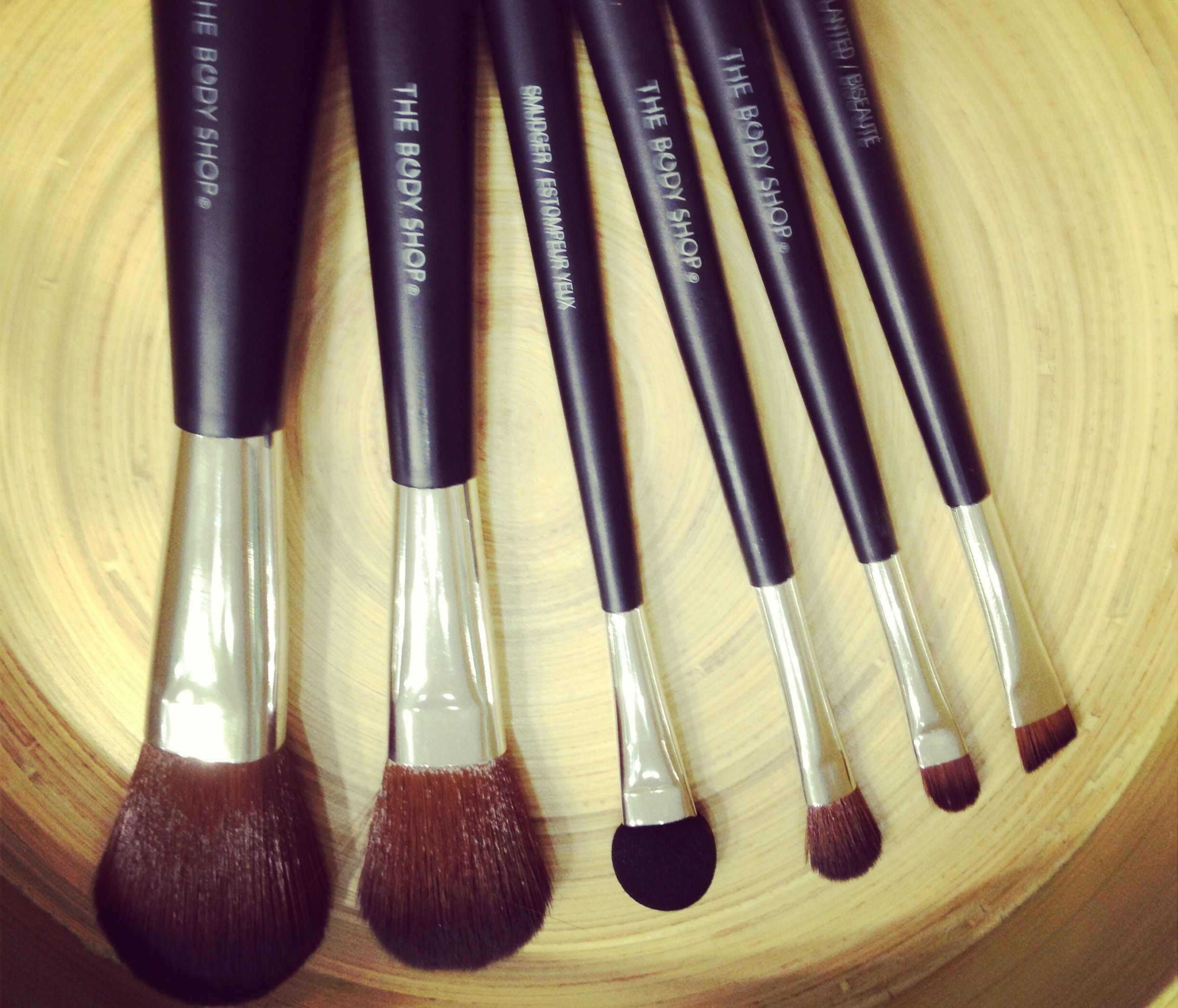 Keep Your Make Up Brushes Clean