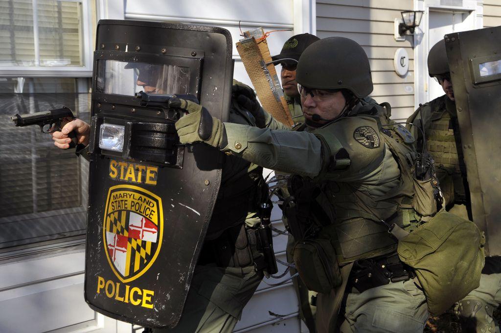 100119 F 6188a 263 State Police Emergency Service Police