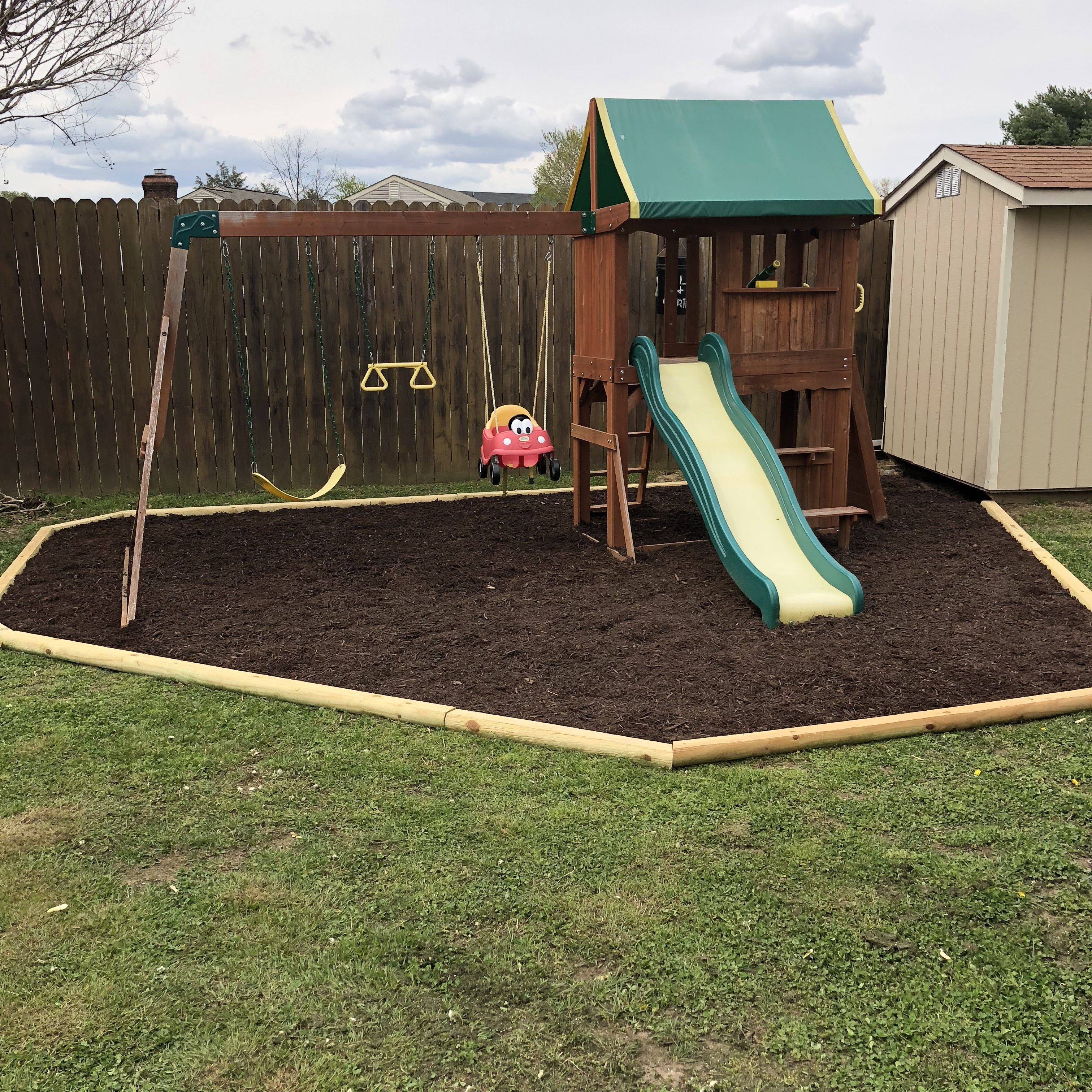 Play Area Landscape Nikki Play Area Landscape My Hubby Did An Amazing Job With Our Kids Swing Set In 2020 Play Area Backyard Kids Swing Backyard Playset