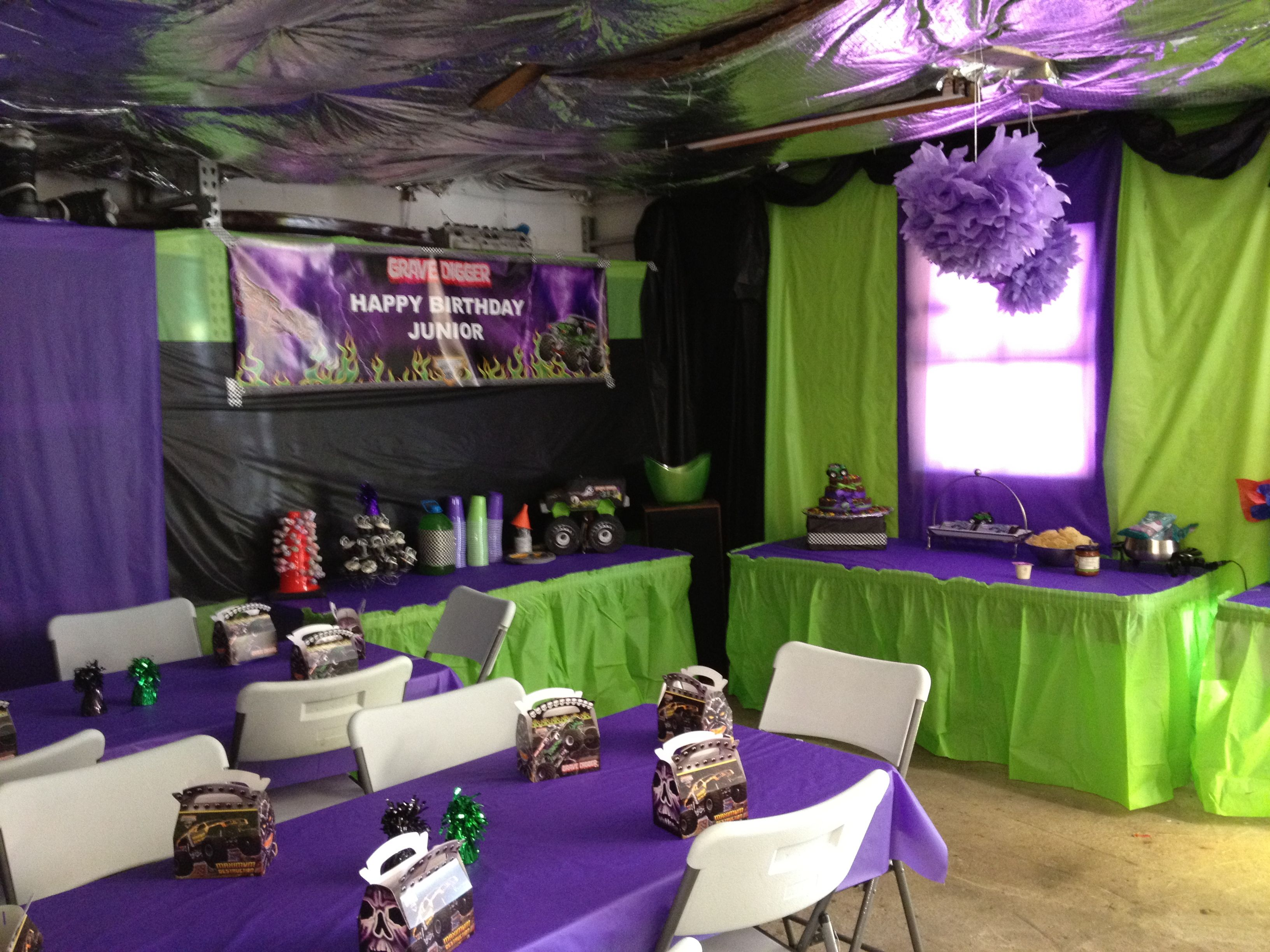 Monster truck , monster jam , grave digger party decor . Party ...
