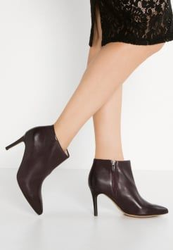clarks dinah pixie bottines talons hauts aubergine chaussures pinterest. Black Bedroom Furniture Sets. Home Design Ideas