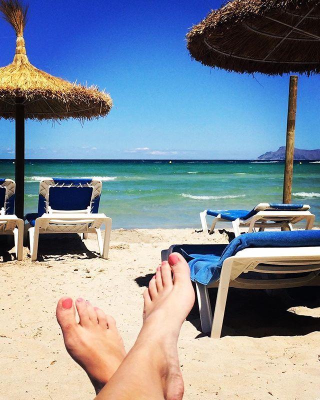 ¡Nos encantan los lunes y más cuando tenemos esta vista! #valentinhotels en Playa de Muro