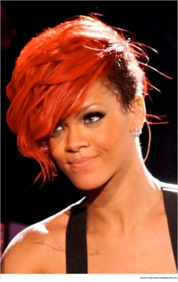 A Diva With Golden Voice Fashionista And Youth Icon Of Millions Rihanna Her Bold Mohawk Hairstyles Are Something To Look For