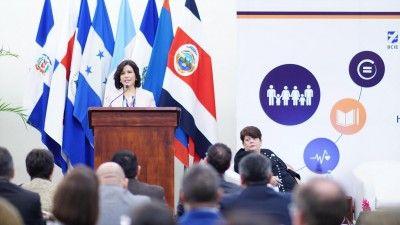 Vicepresidenta propone pacto regional del SICA para avance de la agenda social