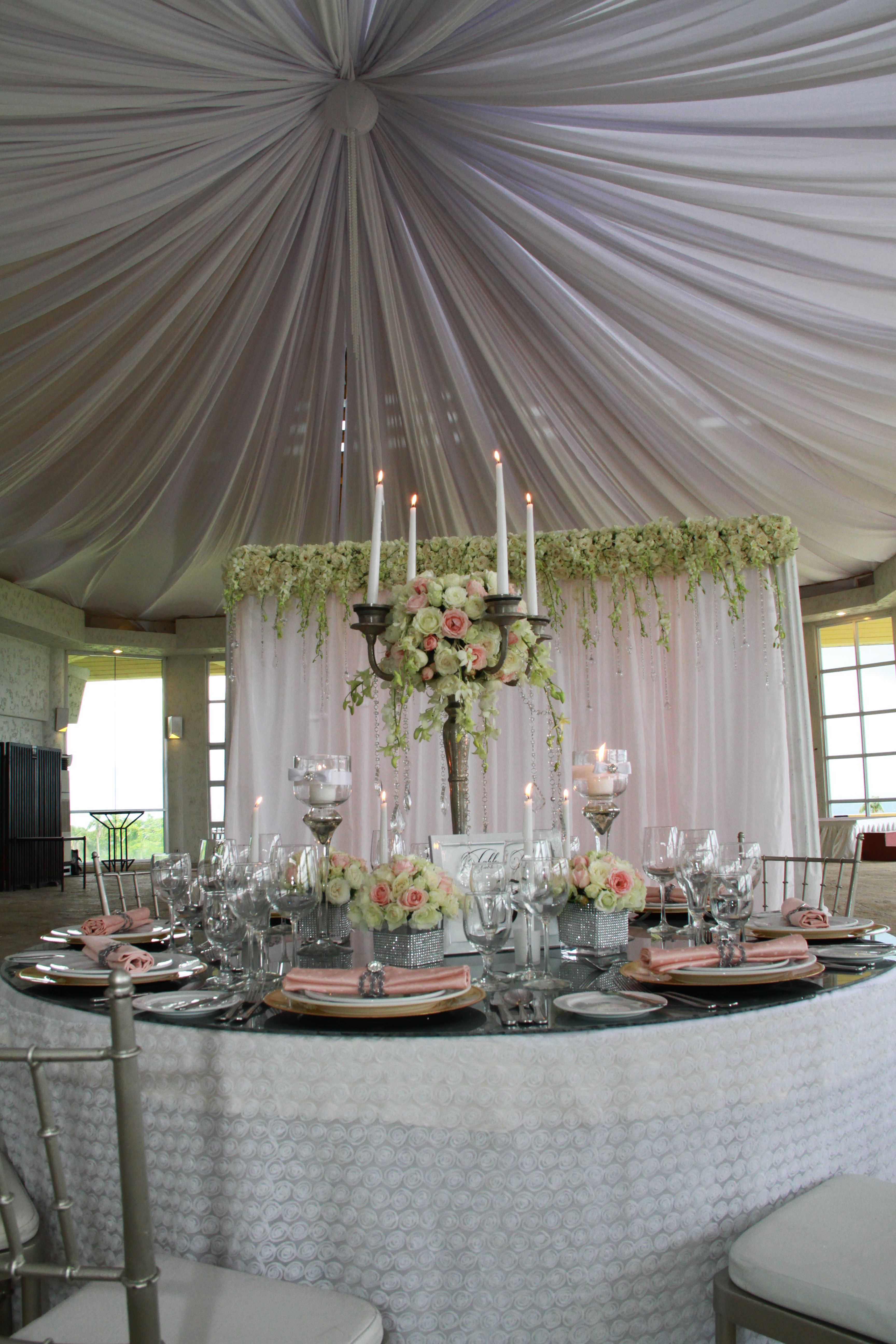 Rosette layered table fabric opulent weddings at tagaytay for Tagaytay wedding venue
