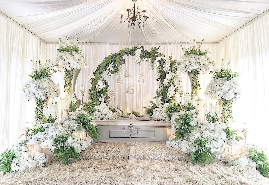 Done Pelamin Sanding Farah Taman Serkam Dais Pelamin Pelamindewan Pelamincanopy Weddingda Dekorasi Pernikahan Klasik Latar Belakang Pernikahan Pernikahan
