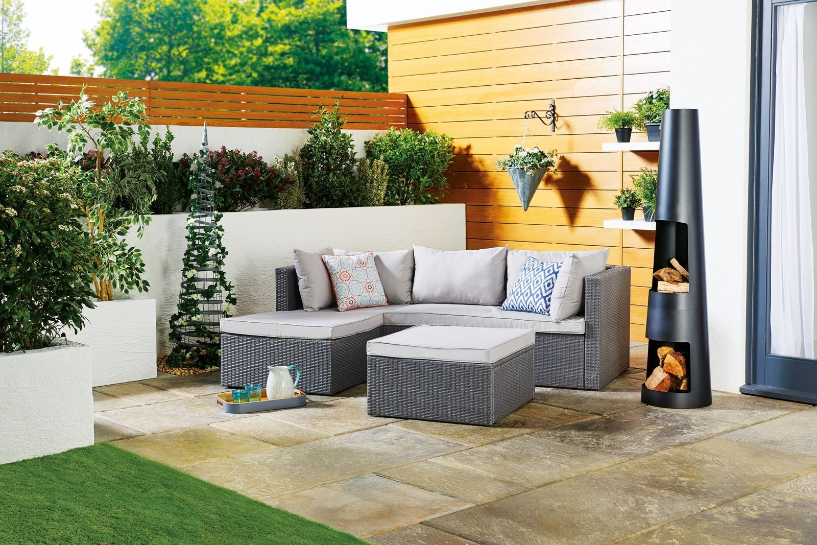 The New Aldi Garden Furniture Range Is Here And There S A Wooden Bench With A Built In Table For 70 In 2020 Garden Sofa Set Rattan Corner Sofa Garden Furniture Sets