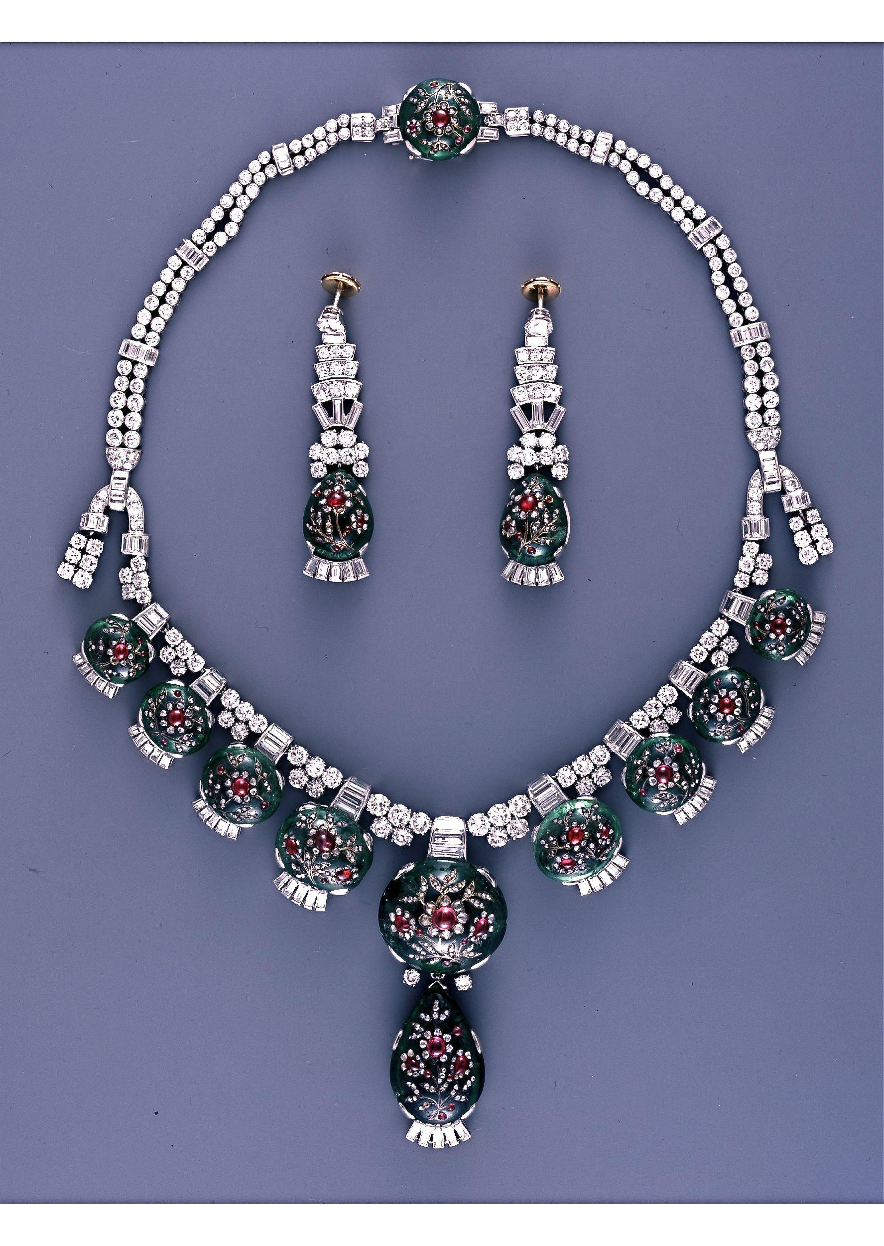 Cartier London Art Deco Diamond Emerald Necklace And Earrings 1937