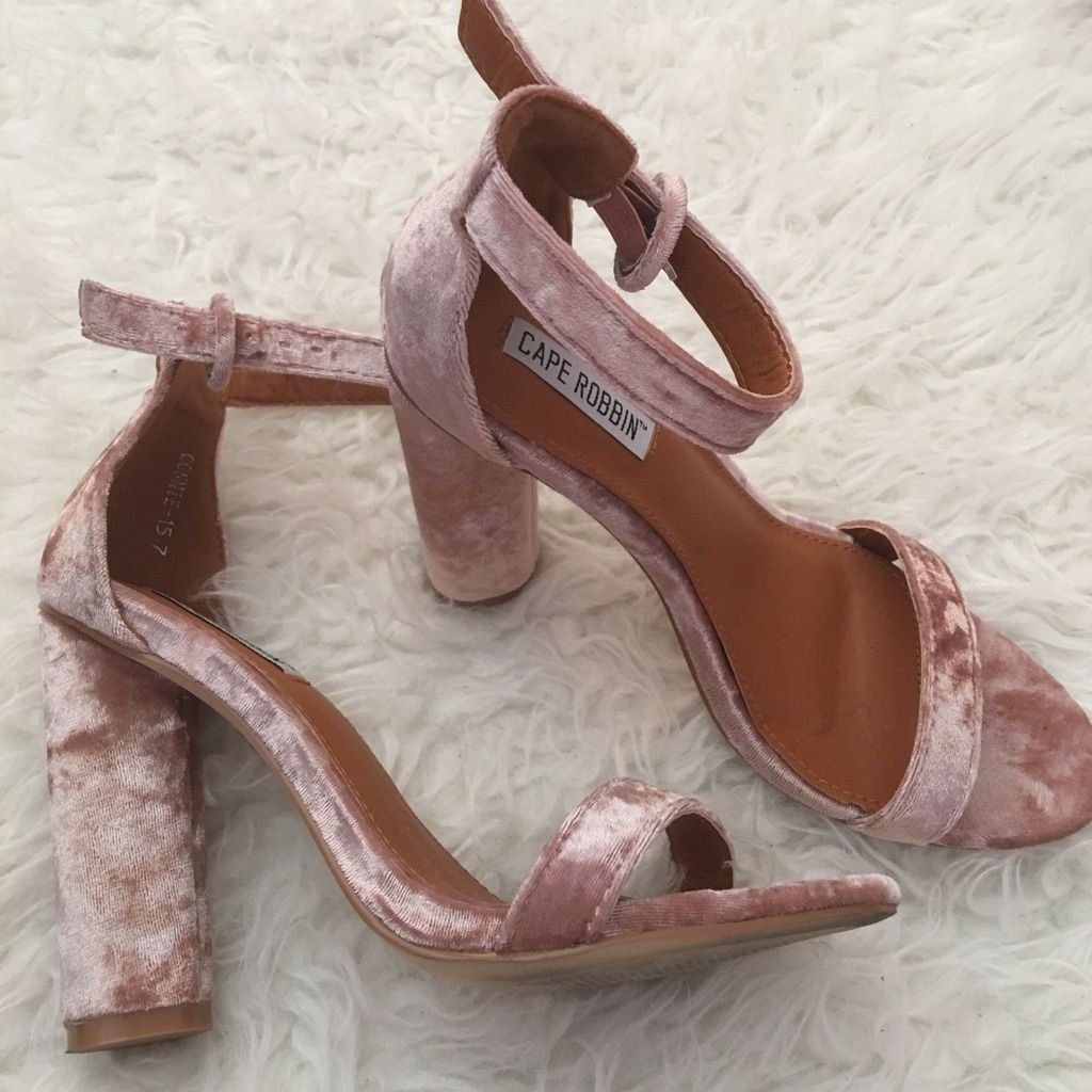 1641515d160 Wet Seal Shoes   Wet Seal Pink Velvet Heels   Color: Pink   Size: 7 ...
