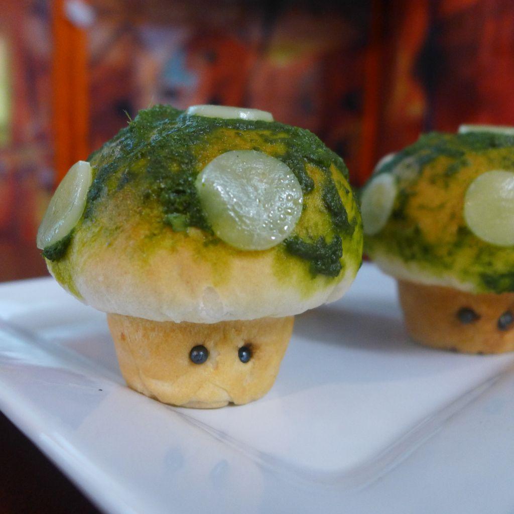 Kitchen Overlord - 1-Up Mushroom Stuffed Pizza Rolls