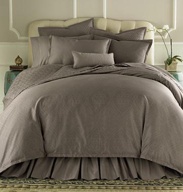 Royal Velvet 400tc Wrinkleguard Quilted Coverlet Accessories
