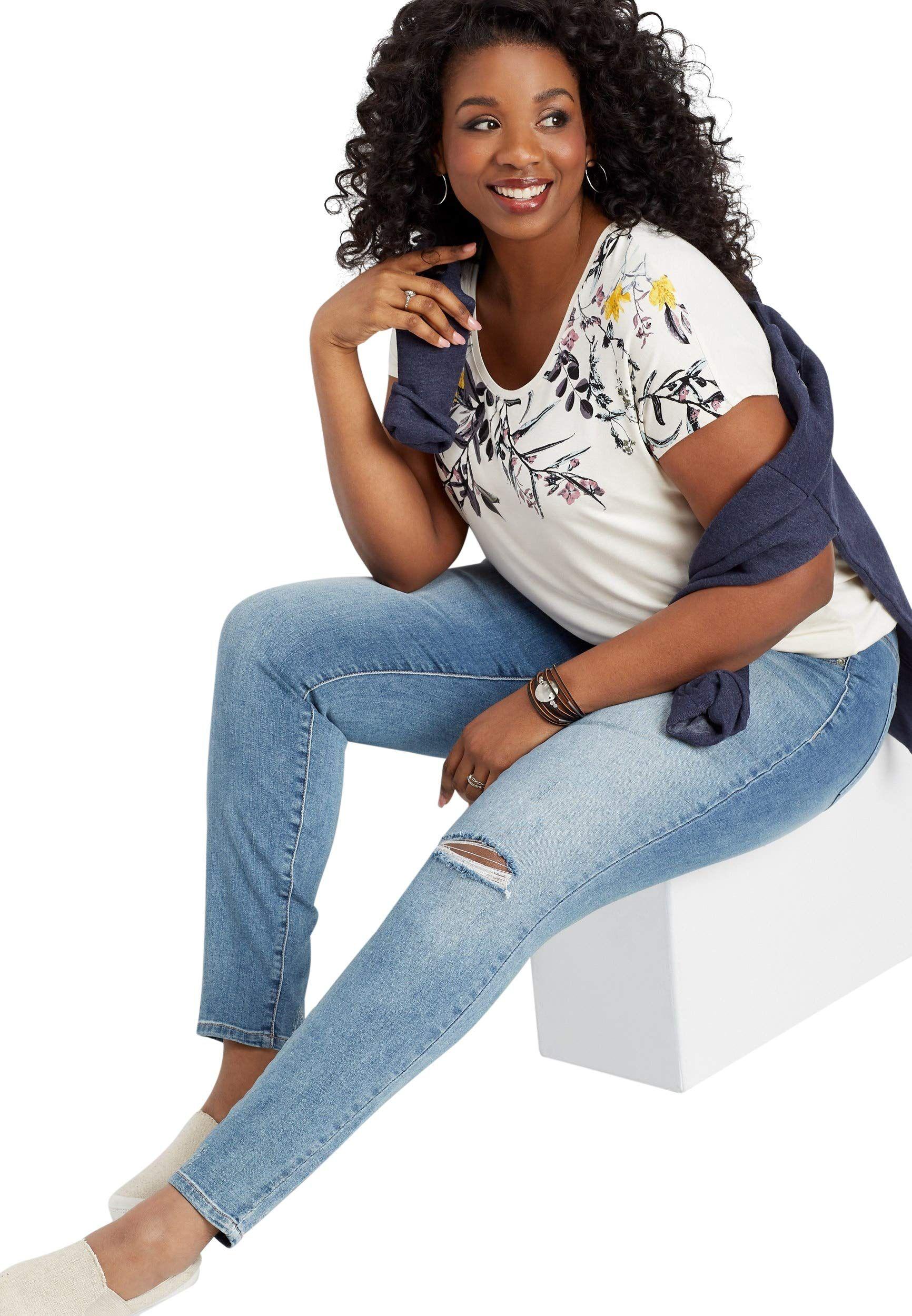 ce5618c4d39 Fashion Bug Women's Plus Size Denimflex TM Light Wash Destructed Finished  Hem Jegging 22 Light Sandblast www.fashionbug.us #fashionbug #plussize  #jeans