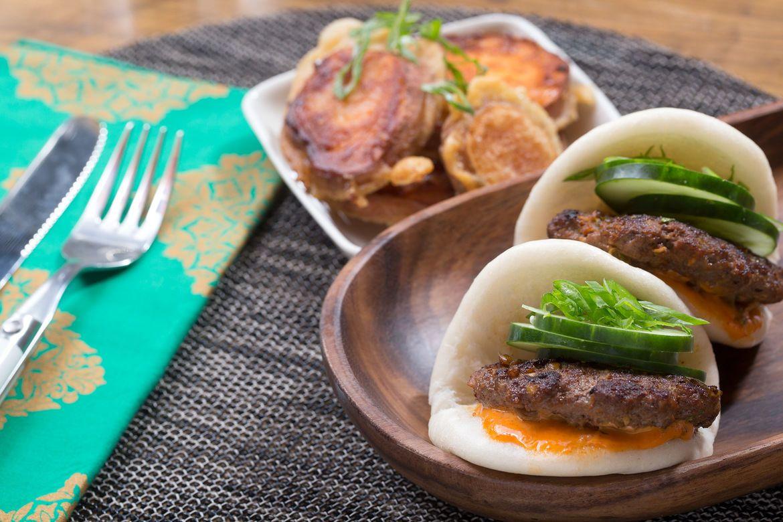 Blue apron yuzu kosho - Korean Bao Sliders With Gochujang Mayo Sweet Potato Tempura