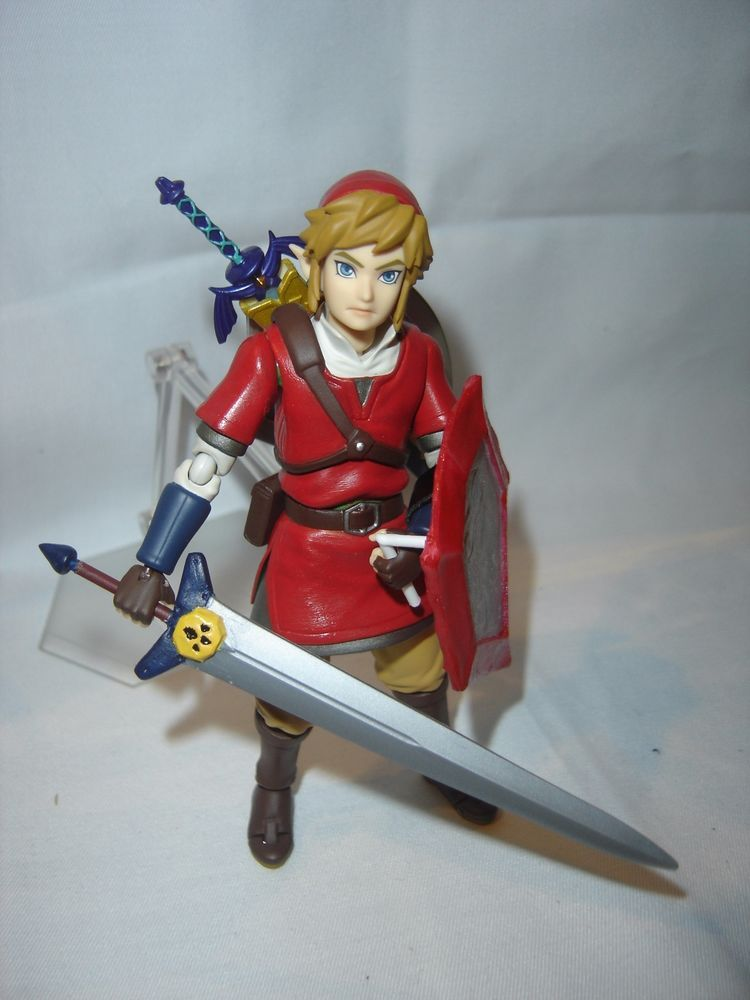 Custom Legend of Zelda OoT Red Figma Link with Biggoron Sword & Mirror Shield