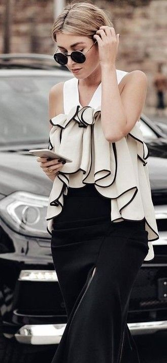 #summer #ultimate #classy #outfitideas    Black And White Ruffle Top