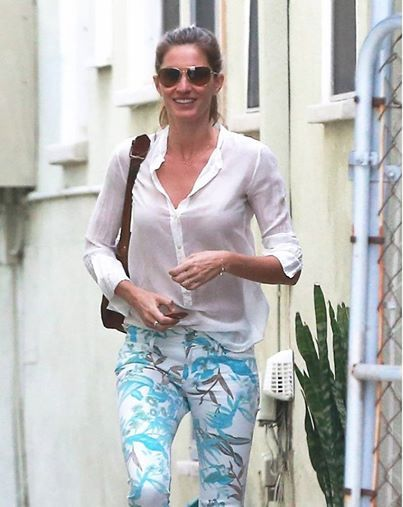 a0b56395800 Gisele Bundchen wearing Tom Ford sunglasses