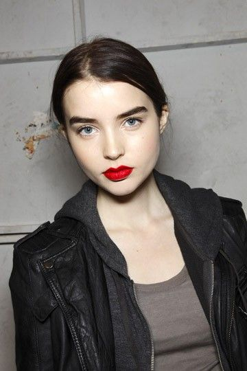 Thick Eyebrows And Red Lips Pale Skin Fair Skin Dark Hair Red