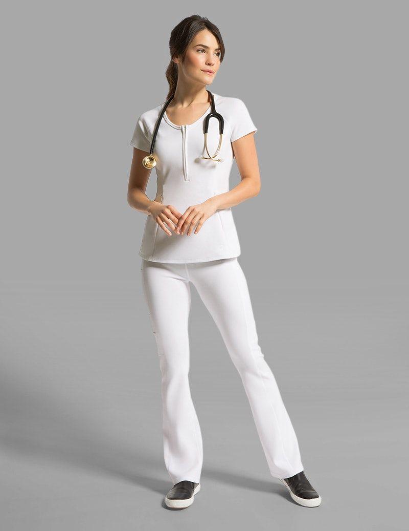 ab5dec0f77 Yoga Pant in White - Medical Scrubs | Uniforme de trabajo | Medical ...
