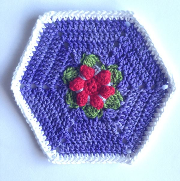 Hexagon In Bloom solid | crochet mofits | Pinterest