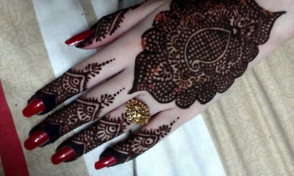 Mehndi Designs Latest New Style : Latest stylish mehndi designs for weddings parties