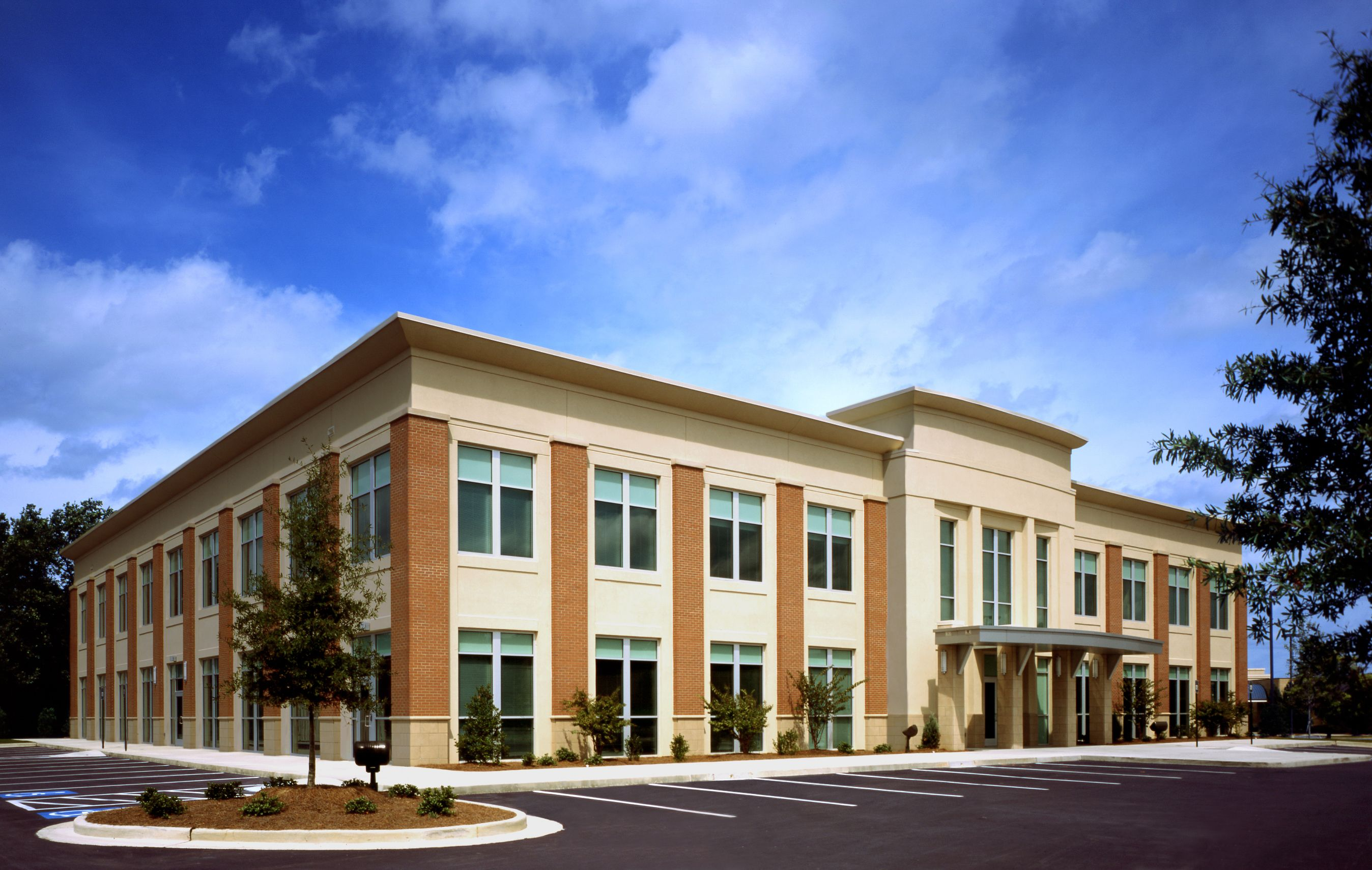 Medical office riverbend medical center by pieper o