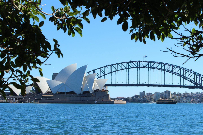 a3490d9759d8b390121cdf70908eaff1 - Sydney Opera House To Botanic Gardens Walk