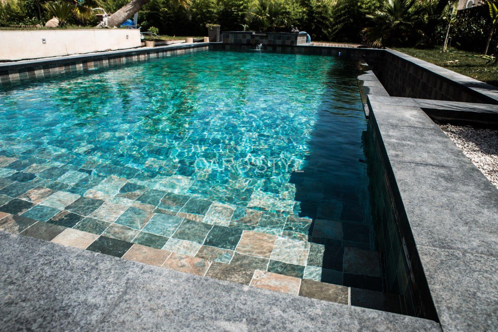 Piscine en pierre verte de bali pr s de tourtour 83 var - Contour de piscine en pierre ...