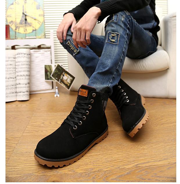mặc quần jean mang giày gì
