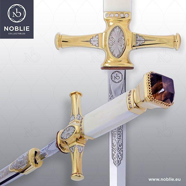 "Stiletto ""Noble Age""  #customknife #artknife #artforsale #knivesofinstagram #knivesofig #handmade"