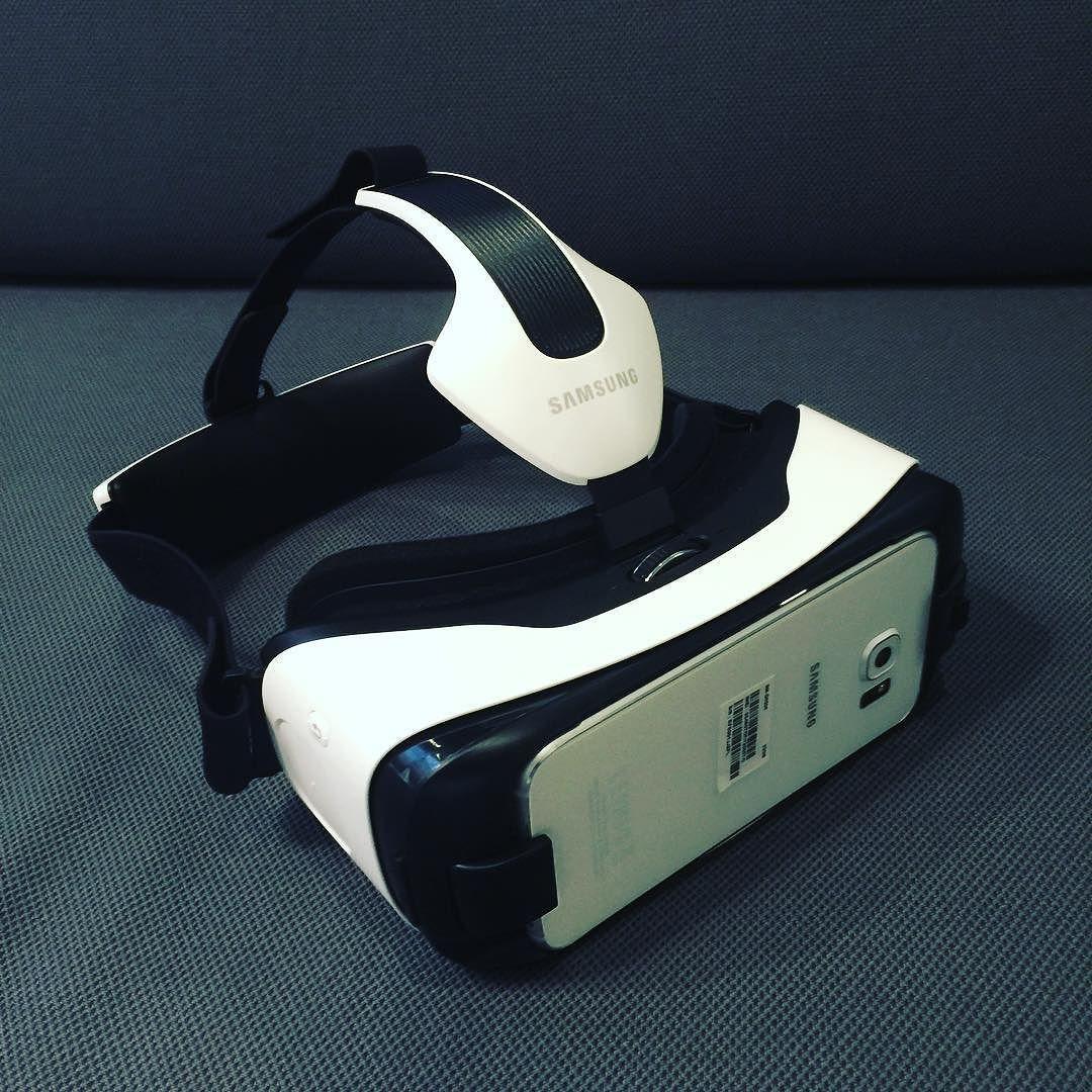 An awesome Virtual Reality pic! Samsung Gear VR lasit kokeilussa vähän uusia ideoita NBForumin Live Stream palveluihin. Porukka toimistolla ainakin tykkään #virtualreality #livestream #nbforum #työpäivä by juhalehto check us out: http://bit.ly/1KyLetq