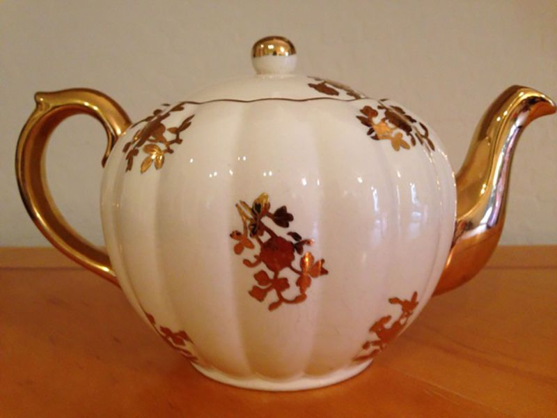 Vintage Gibsons Staffordshire Tea Pot Gold Flowers Accents Made in England | eBay