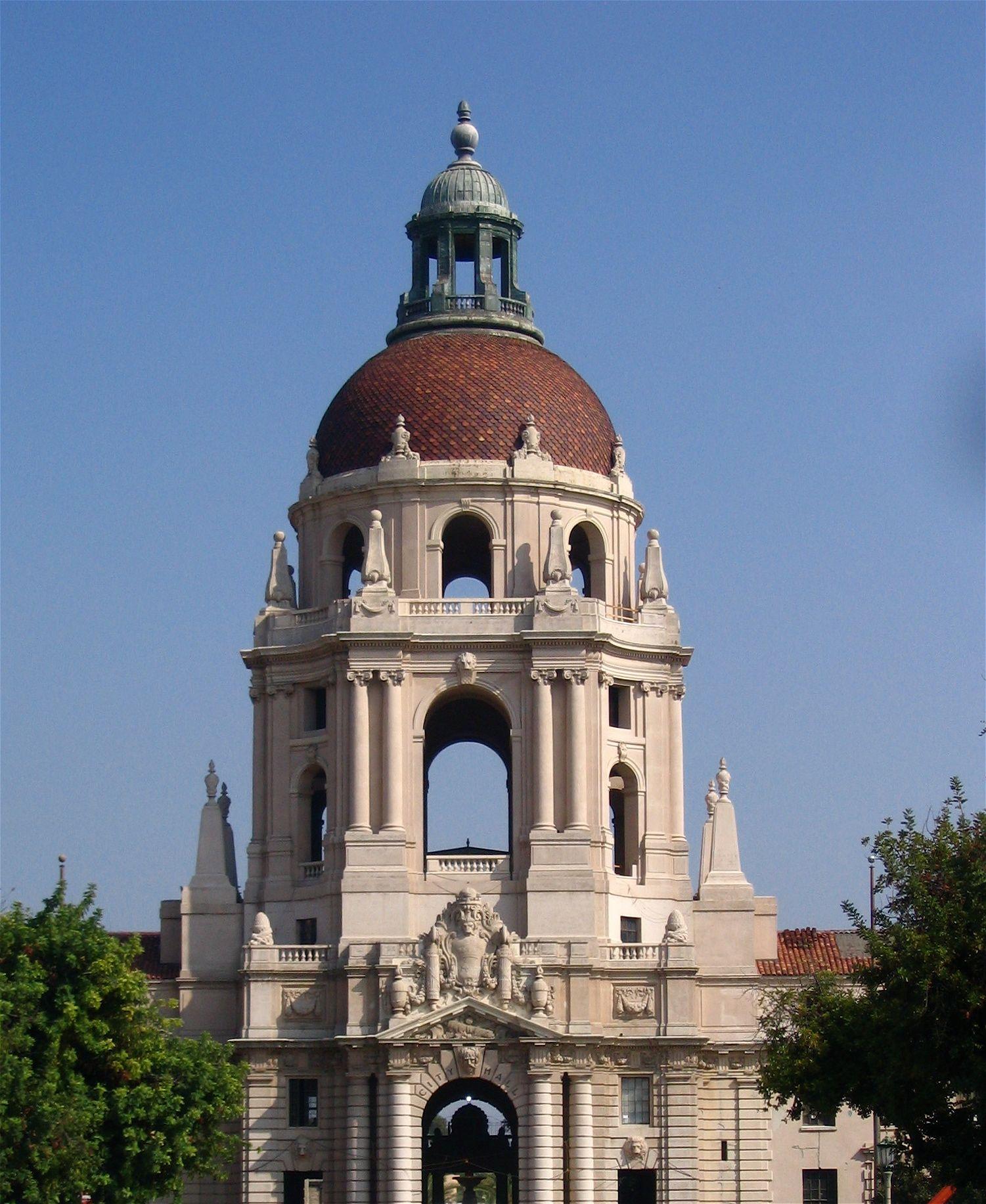 Elaborate Pasadena City Hall In Pasadena California Is Also An Example Of The Gran Pasadena City Hall Mediterranean Revival Architecture Mediterranean Revival