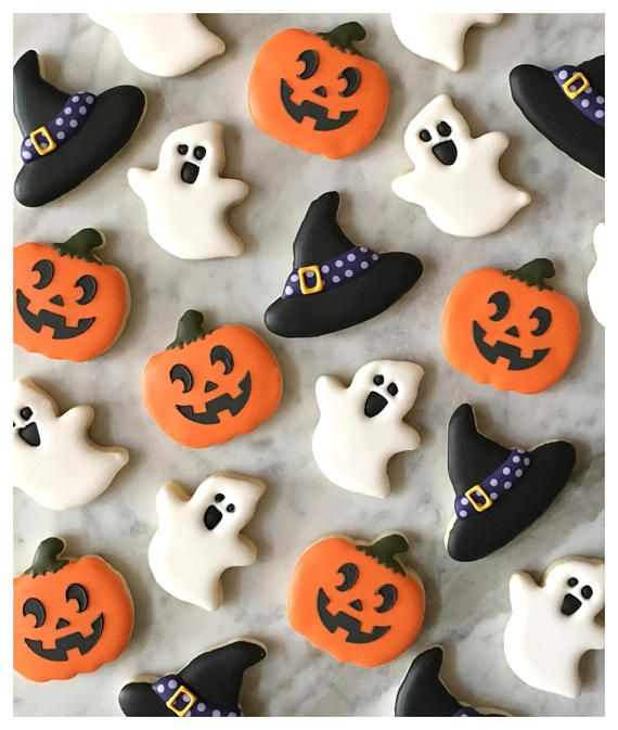 Items similar to Assorted Halloween Mini Decorated Cookies - Two Dozen on Etsy