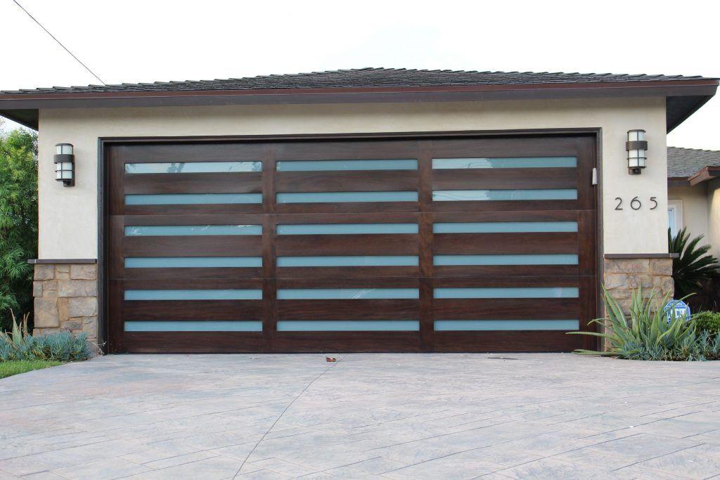 Overhead Doorngham Eichler Black Front White Pots Grey Green Color And Glass Garage Mt Baker Doors Wa Door Garage Door Design Modern Garage Doors Modern Garage