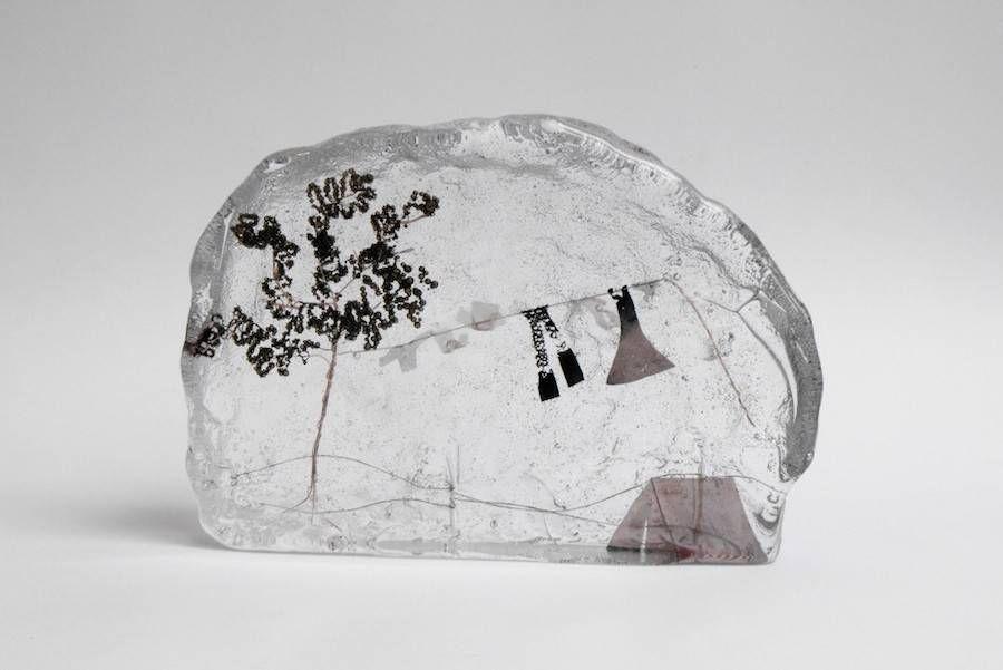 Miniature Wonderlands Frozen in Molten Glass – Fubiz Media