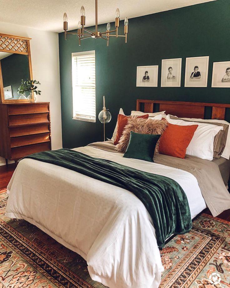 Modern Bedroom Emerald Green In 2020 Eclectic Bedroom Home