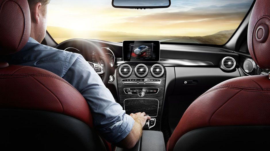 Mercedes Benz CClass 2015 4MATIC Sedan with Cranberry Red