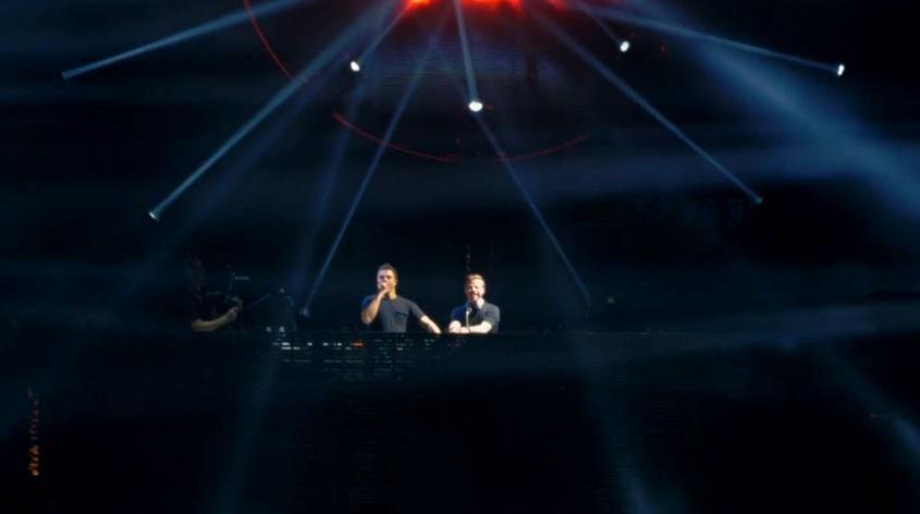 - #ED; #EDMFamily #TranceFamily #Coachella #Coachella2015    - @NewWorldPunx ahora en vivo en @coachella 2015