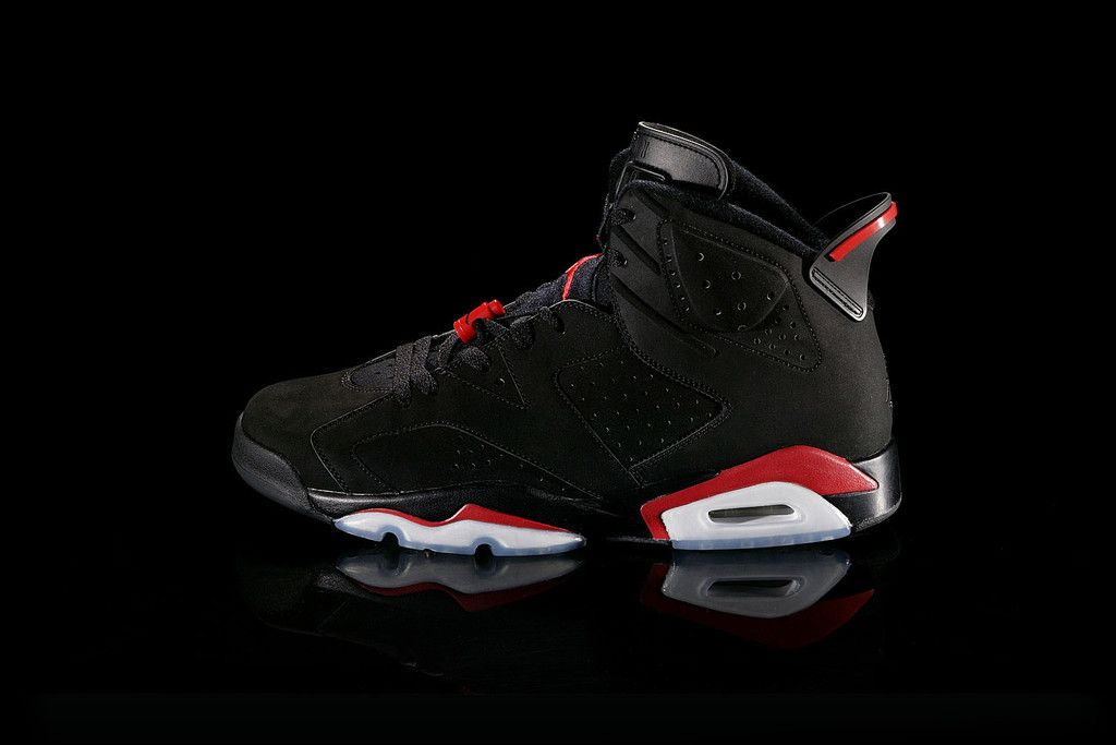 jordans | Nike Air Jordans: 25 Years of The Legendary Collectible Sneakers  JULES SIZE 7