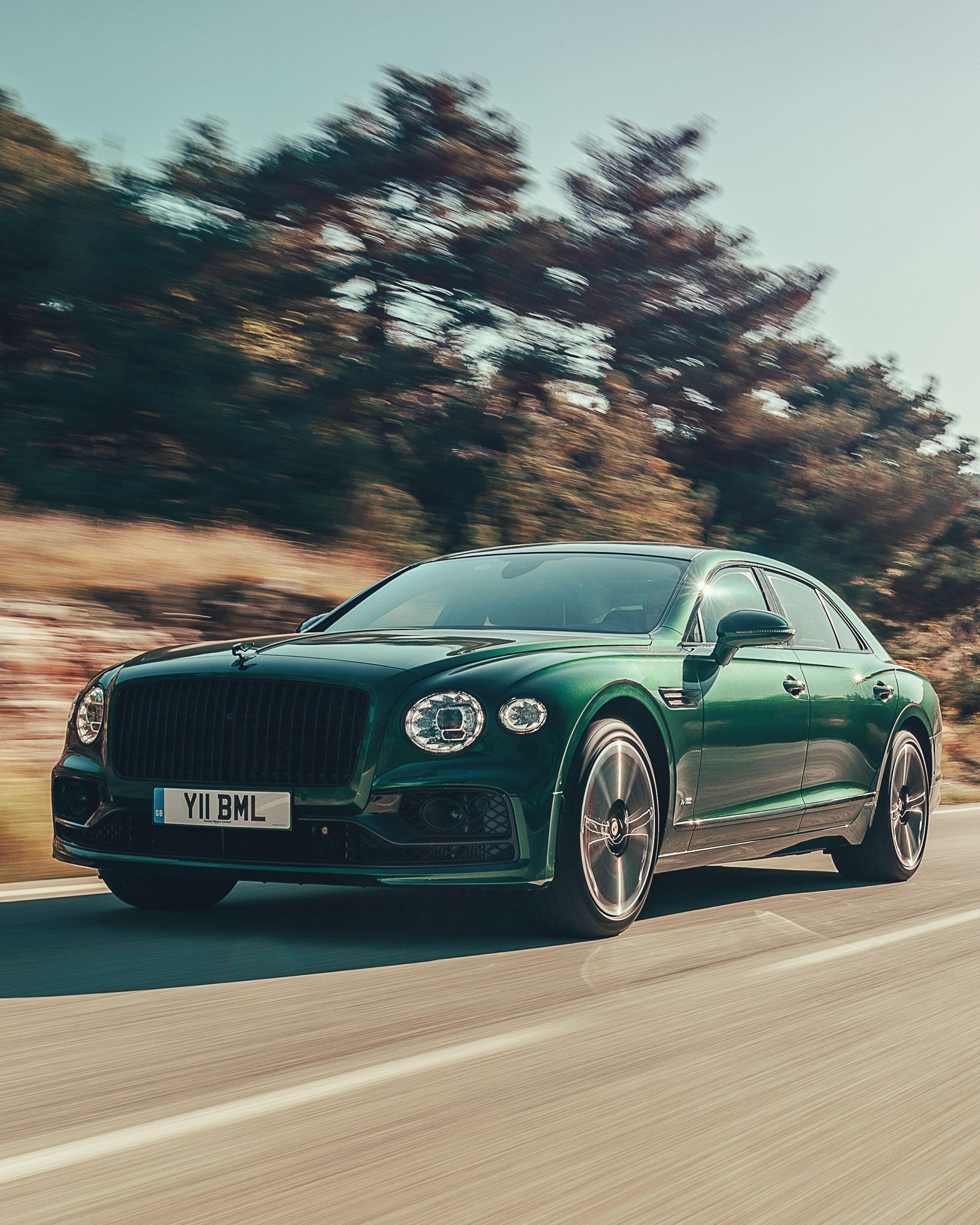 Review How The 2020 Bentley Flying Spur Is The Definitive Modern Bentley Sedan Bentley Flying Spur Flying Spur Bentley