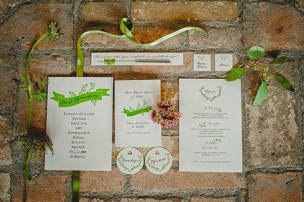Suite personalizzata in collaborazione con My Italian Wedding completa di partecipazioni, libretto messa, tableau de mariage, tag, e menù!