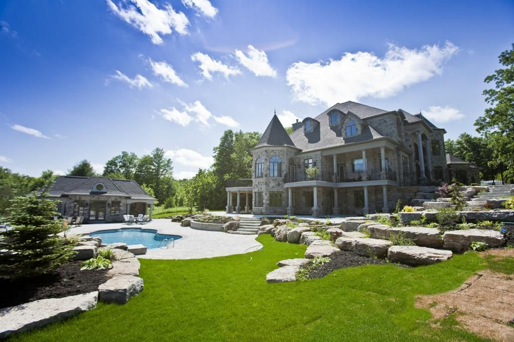 Deadmau5 Purchased This Beautiful 5 Million House In Canada Country Estate Mansions Luxury Real Estate