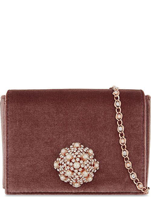 a85b0bb89cfe TED BAKER Velvet brooch cross-body bag Vállon Átvethető Táska, Online  Vásárlás